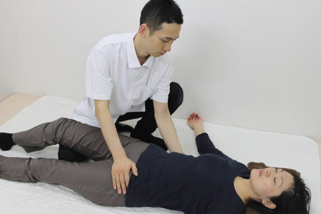骨盤、背骨の動き改善